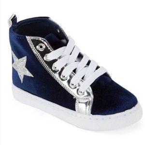 Other - Velvet star sneakers